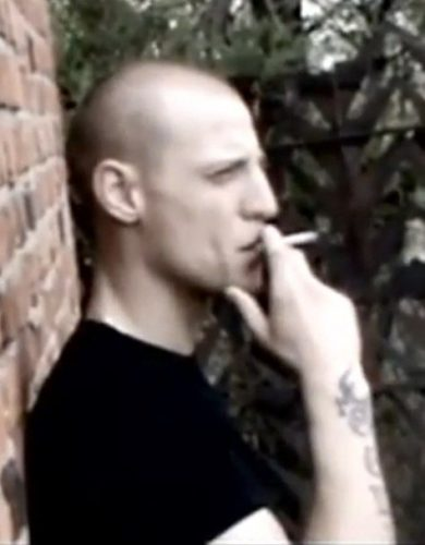 Миша Маваши курит за ЗОЖ